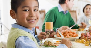 Mindful Eating at the Dinner table, New Mommy Media