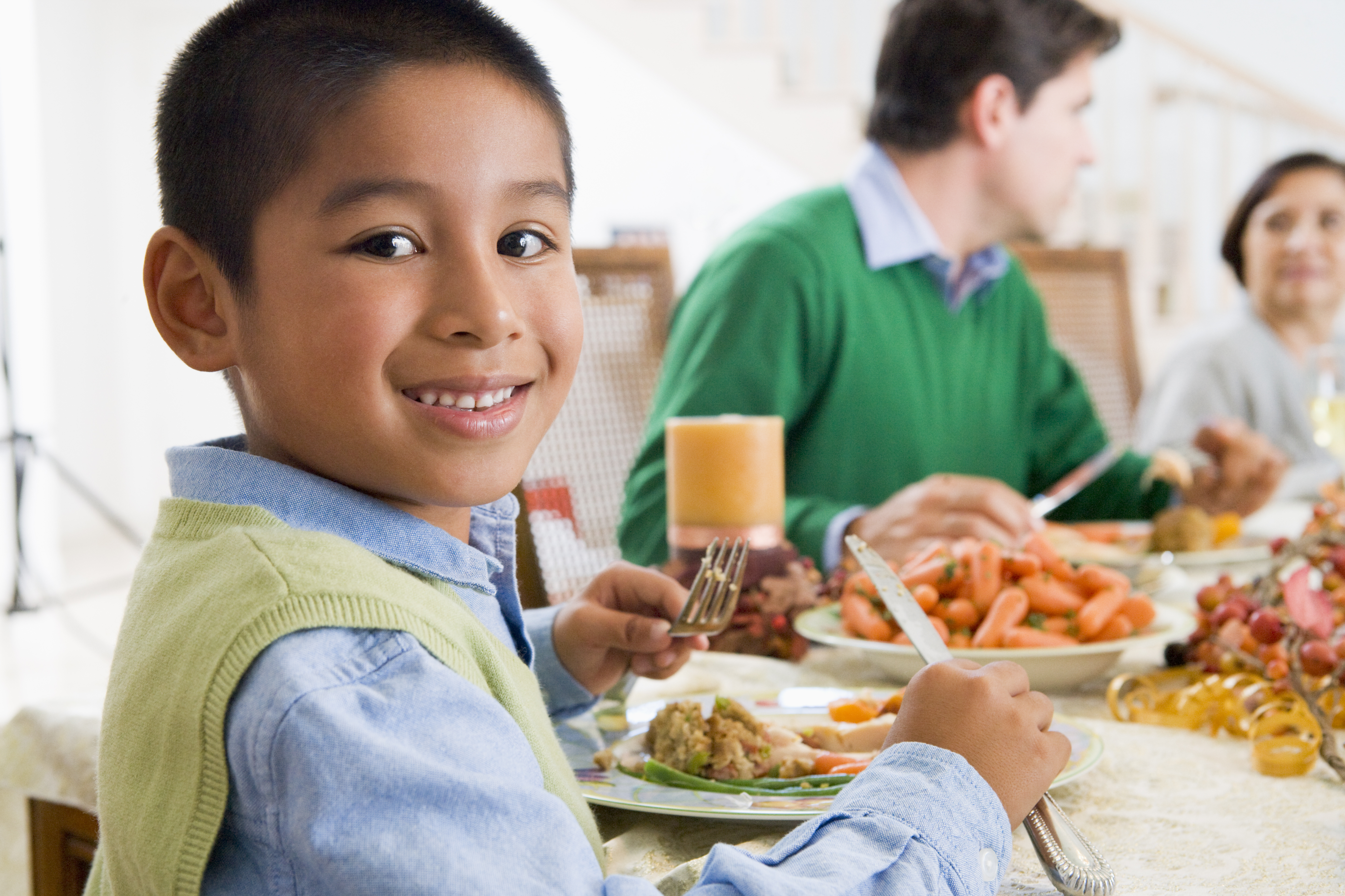Mindful eating at the dinner table new mommy media for 1 year old not eating table food