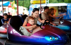 Top 10 Theme Park Safety Tips
